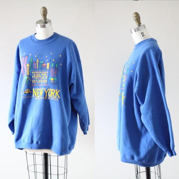 1980s New York 5th Ave sweatshirt // 1980s Reebok sweatshirt // vintage t-shirt