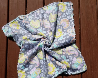 Plush Blanket \\ Lap Quilt \\ Baby Blanket \\ Nursery Crib Quilt Bedding \\ Nursery Decor \\ Crib Quilt \\ Paisley Girly Floral