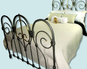 Full Antique Cast Iron Bed Frame Double Size, antique cast iron bedframe, antique wrought iron bed, antique steel bed, antique metal bed