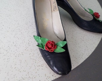 Rosemary Pumps - 1950's Leather Rose Pumps