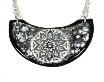 Black and White Mandala Sparkle Surly Ceramic Necklace With Rhinestone Chain