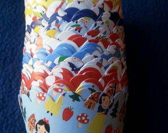 SALE Snow White and the Seven Dwarfs Cupcake Wrappers (13) Limited Quantities