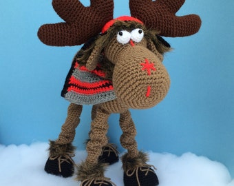 CLAUDE THE MOOSE Pdf Crochet Pattern (English only)