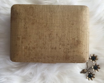 Very Vintage Ivory and beige linen covered Jewelry box, fashioned by Farrington Mauve pink interior- retro mid-century kitsch tray with lock
