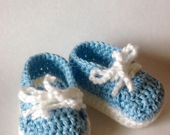 Crochet baby sneakers, crochet baby shoes, crochet baby booties, crib shoes, baby shower gift, baby gift