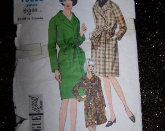 Vintage Vogue pattern 7002 Vogue Special Design  Size 10  Uncut Vintage Coat Sewing Pattern -