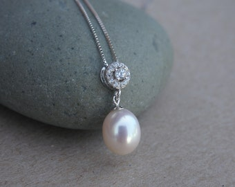 High Luster Freshwater Pearl CZ Necklace in 925 Sterling Silver Chain, Genuine Pearl Pendant Necklace, High Quality Bridal Pearl Necklace