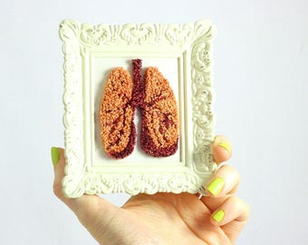 Anatomical Lungs Fiber Sculpture Mini Frame. Punchneedle Fiber Art. Anatomy gift. Doctor. Surgeon. Yoga Teacher Gift. Meditation.