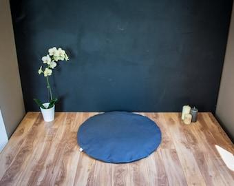 Round Zabuton Meditation mat floor mattress Dark Gray Plain organic Buckwheat cushion handmade by Creations Mariposa