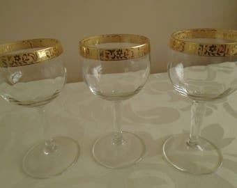 3 x gold gilt banded liqueur glasses