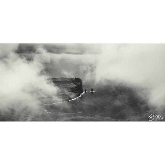 Risin og Kellingin [Photographic Print]