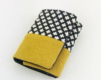 Miss Penelope version mustard Pocket wallet