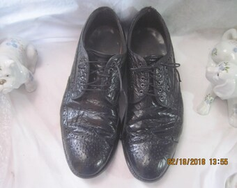 Vintage Nettleton Men's Black Shark Skin Shoes, Size 12 AA/B