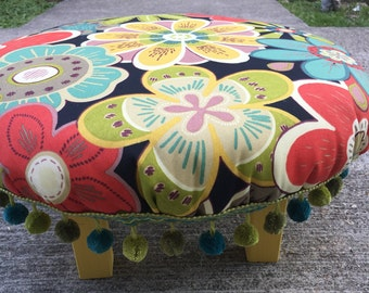 Retro flower power foot stool