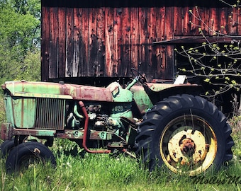 John Deere Green Tractor Photo, Old Farm Photo, Farmhouse Art Decor, Boys Country Bedroom, Rustic Home, Green Farm Tractor