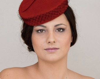 Fascinator -felt pillbox
