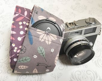 Vintage Style DSLR Camera Strap, Padded, Lens Cap Pocket, Nikon, Canon, DSLR Photography, Photographer Gift, Wedding - Bikes and Plum Leaves