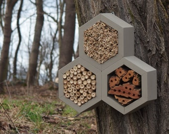 BEE HOTEL, Insect house, Mason bee home - Trianglehotel Mouse