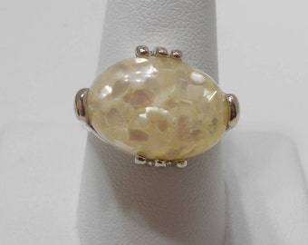 Vintage Lucite Mother Of Pearl Ring (3493) Size 10, Prong Set