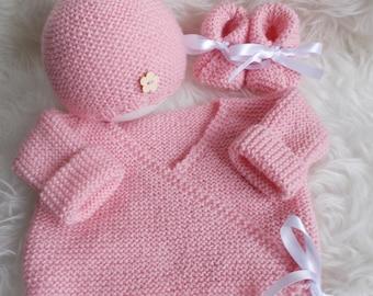 top hat wool newborn to 3 month baby booties
