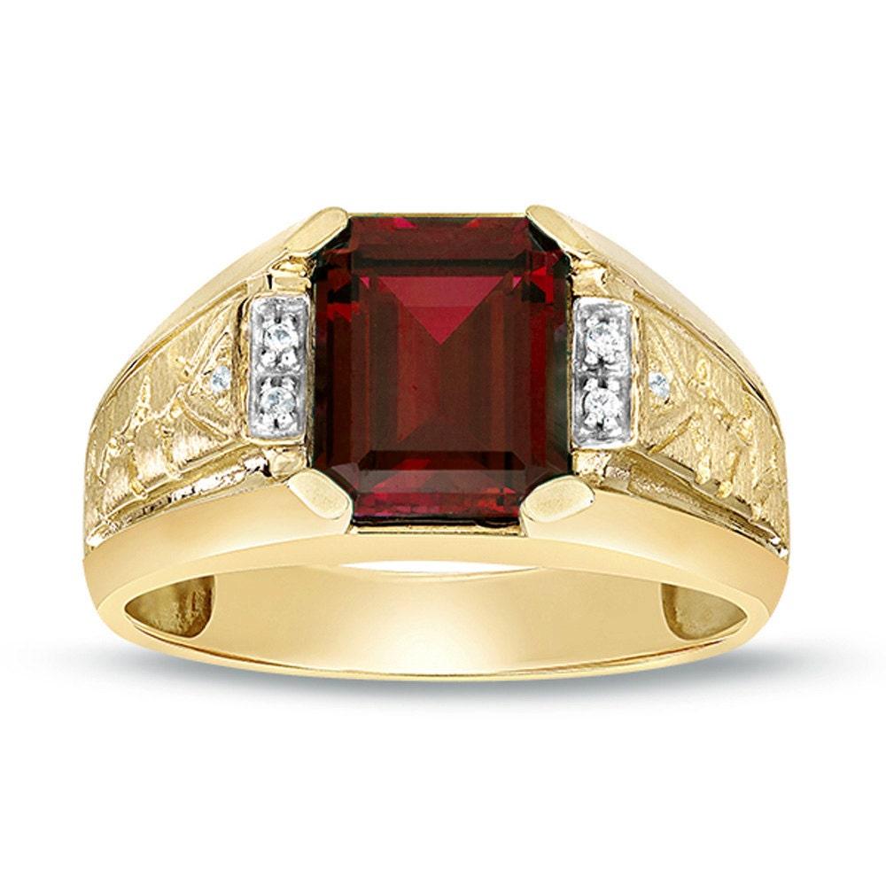 Garnet Ring Gold Men\'s Garnet Ring Yellow Gold Diamond