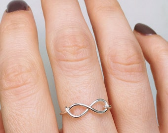 Silver Infinity Ring, Sterling silver ring, Infinity ring, Friendship ring, Bridesmaid ring, Silver ring, Wire ring, Gift, Ring