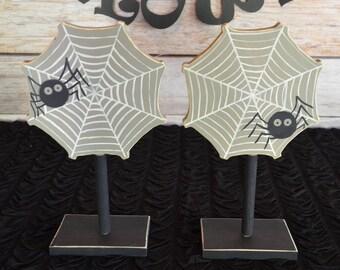 Halloween Spider Decoration / Set of 2 Spider Decor / Halloween Birthday Decorations / Halloween Centerpiece / Spiderweb / Fall Decor