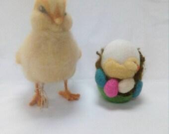 Eggstatic Easter Chick/ needle felted egg