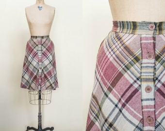 SALE /// 1970s Plaid Skirt --- Vintage Button Up Skirt