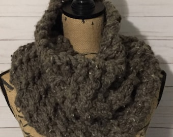 The Mora//Outlander Inspired Cowl// Chunky Wrap Warmer Cowl//Chunky Cowl//Claire Inspired Scarf// Infinity Scarf// Infinity Chunky Cowl