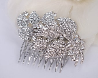 Spring is in the Air - Vintage Style Austrian Rhinestone Hair Comb