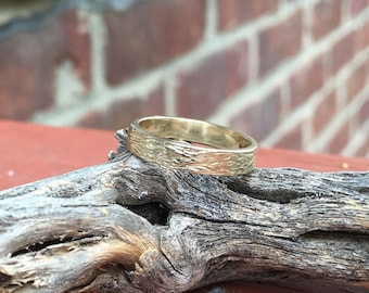 Yellow Gold 3mm Wood Grain Textured Wedding Band male band, female band
