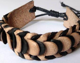 Adjustable bracelet for teen or men's leather