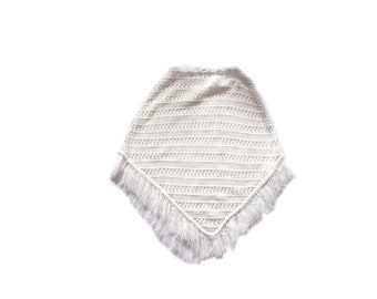 White knit cape,   vintage poncho, fringe,