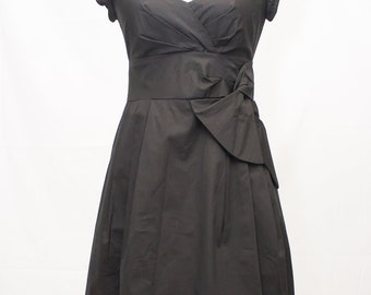 Vintage Beautifully structured  Nannette Lepore Cotton Blend Black Dress