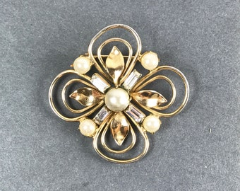 Vintage Gold Rhinestone and Pearl Pin Brooch