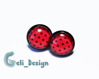 Earrings cabochon points red black