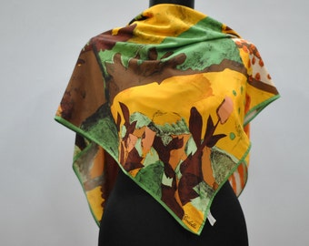Vintage CODELLO abstract pattern scarf....(505)