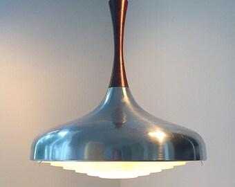 Stunning piece of danish lighting design from the 1960s.