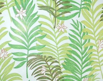 Retro Wallpaper by the Yard 70s Vintage Wallpaper - 1970s Mylar Green Fern Fronds on White with Little Flowers
