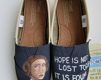 Leia Hand PAINTED Toms