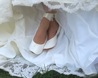 Flat Lace Ballet Style Wedding Shoe, Lace Ballet Style Bridal Flat Shoe, Ivory Bridal Flat Shoe, Cream Bridal Shoe, Off-White Wedding Shoe