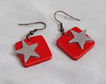 Grey & red square earrings