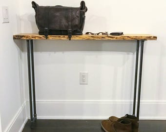 Rustic wood console table || live edge wood entrance table || reclaimed rustic foyer table || salvaged wood tv stand | industrial chic table