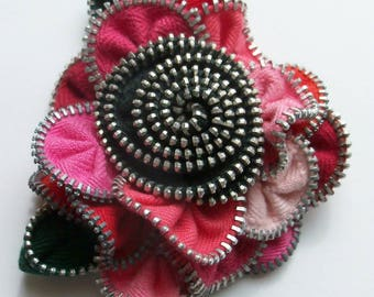 Multi colored Red Pink Salmon Hot and BlackFloral Brooch Zipper Pin 3142