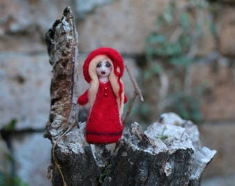 Arabel the Love Witch, Witch Miniature, Little Witch, Spirit Doll, Needle Felted Witch, Handmade Little Witch, Good Luck Doll, Folk Art Doll