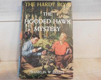 Vintage Hardy Boys Book - The Hooded Hawk Mystery
