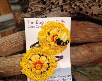 Girl's Hair Clip, Sunflower crochet snap hair clips, bumble bee button