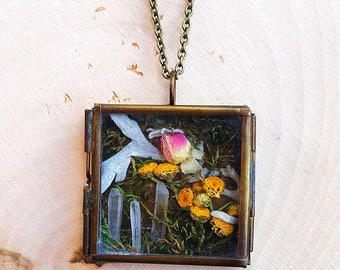 Crystal Garden Shadow Box Pendant, Reiki-Infused Clear Quartz Necklace, Natural Healing Stone, Flower Statement Jewelry, Boho, Gifts for Her