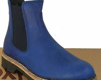 EUR-36, UK-3 Beautiful cobalt blue leather Chelsea Boots